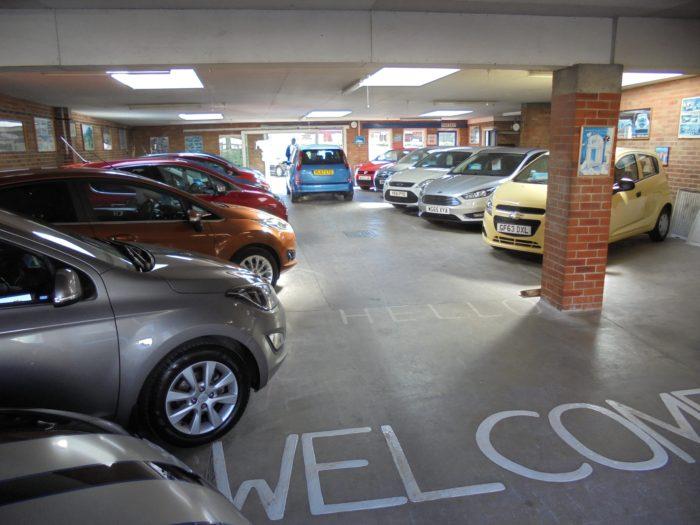 Byron Wynn Autos - Car Showroom